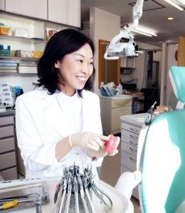 日本矯正歯科学会認定医 安原美香